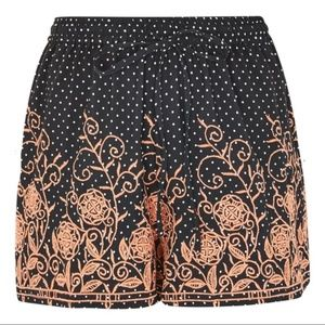 NWT Topshop Embroidered Dotty Shorts - Black - 10